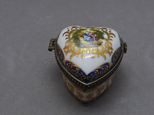 Jolie Ancienne Boite,en Porcelaine, Limoges France, Hand Paintig Oj0fbthk-07235654-544613975