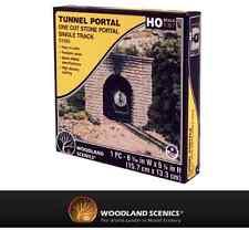 Woodland Scenics C1253 Tunnel Portal Cut Stone HO Gauge