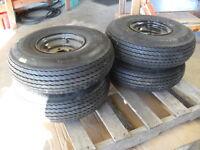 Qty 4-carlisle 6.90 9 1100 Lbs 6 Ply Usa Trail Trailer Tire & Rims 5 Hole 519572
