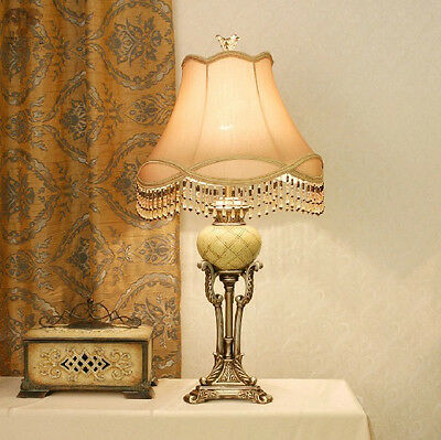 European Vintage Style Table Lamp Bedside Lamp Desk Lamp