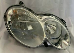 01-07 Mercedes W203 C240 Front Left Driver Side Headlight Assembly Lamp OEM