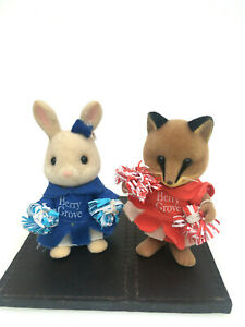 Sylvanian-Families-2-Berry-Grove-Cheerleaders-Vintage-1980-039-s-Rabbit-and-Fox