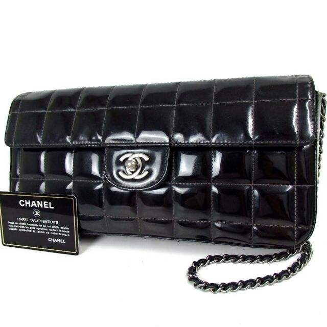 7c6e400f3009dd Authentic CHANEL Choco bar CC mark Chain Shoulder Bag Patent leather[Used]