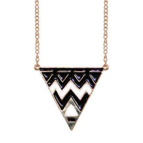 NEW! Black /& White Enamel Triangle Pendant on a long Gold Tone Chain//Necklace