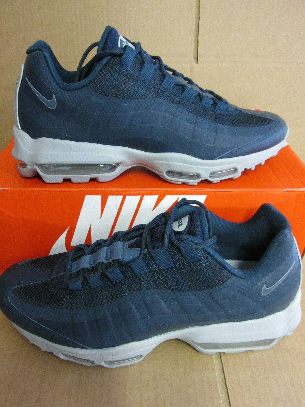 Nike Air Max 95 Ultra Essential Mens Running Trainers 857910 404 CLEARANCE