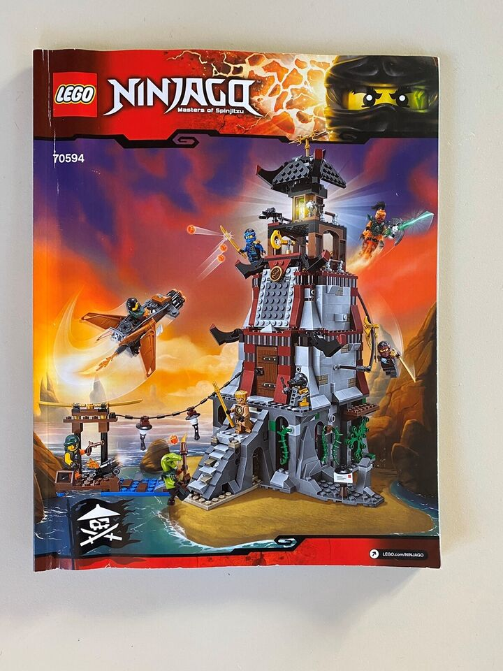 Lego Ninjago, Stor Ninjago borg (70594)