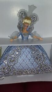Bob-Mackie-Madame-Du-Barbie-10th-in-a-Series-of-Limited-Edition-Barbie-Dolls