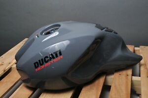 GENUINE-DUCATI-58612501CJ-GREY-GRAY-GAS-FUEL-PETROL-TANK-MONSTER-1200S-1200-S-2