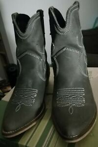 """Bottines type """"Santiags"""" NOTHING ELSE Taille 37 comme NEUVES"""