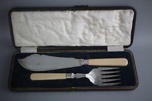Antique-Tube-poisson-serveurs-Hallmarked-Sterling-Silver-a-col-ivorine-c1913