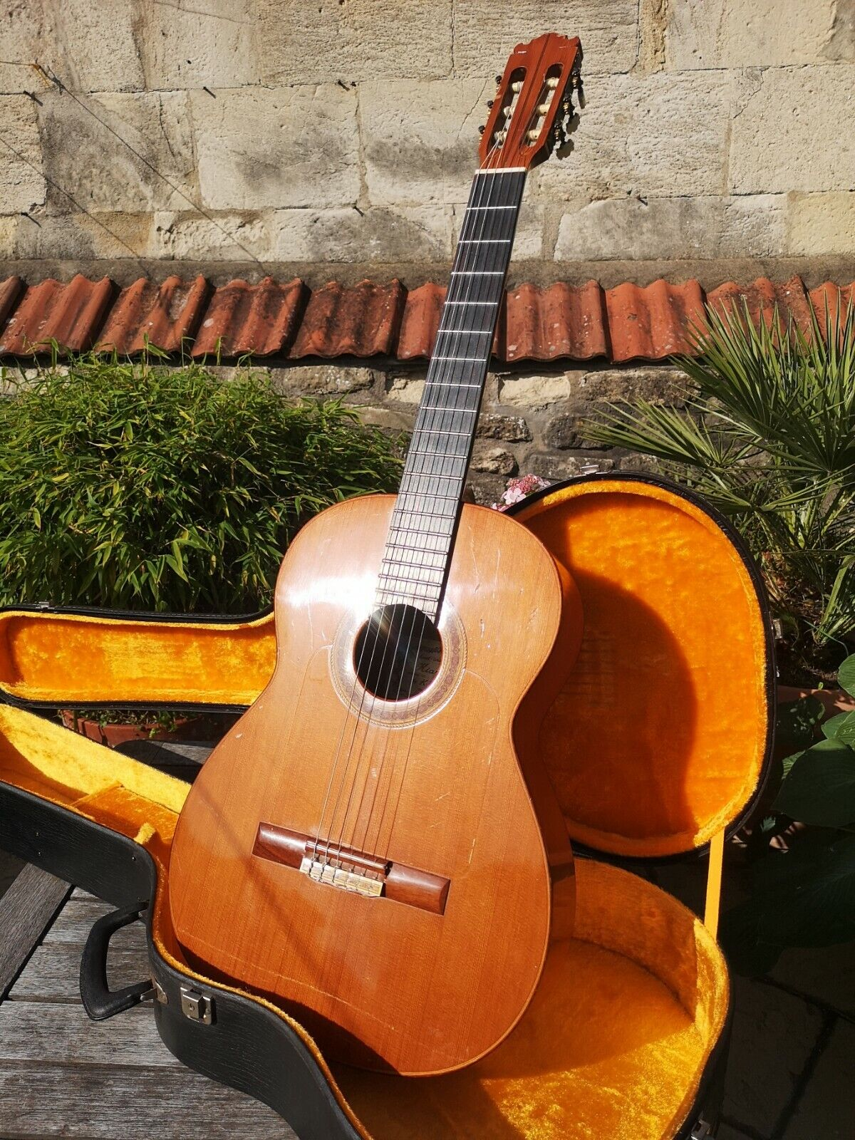 YAIRI GF120 CLASSICAL GUITAR w OHSC - FREE UK DELIVERY