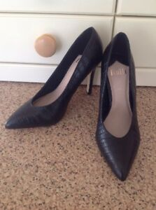 Croc 45 3 Rrp Shoes Court Moc Once Great Worn Black Skin Uk Size Courted Faith £ xOCqZwt