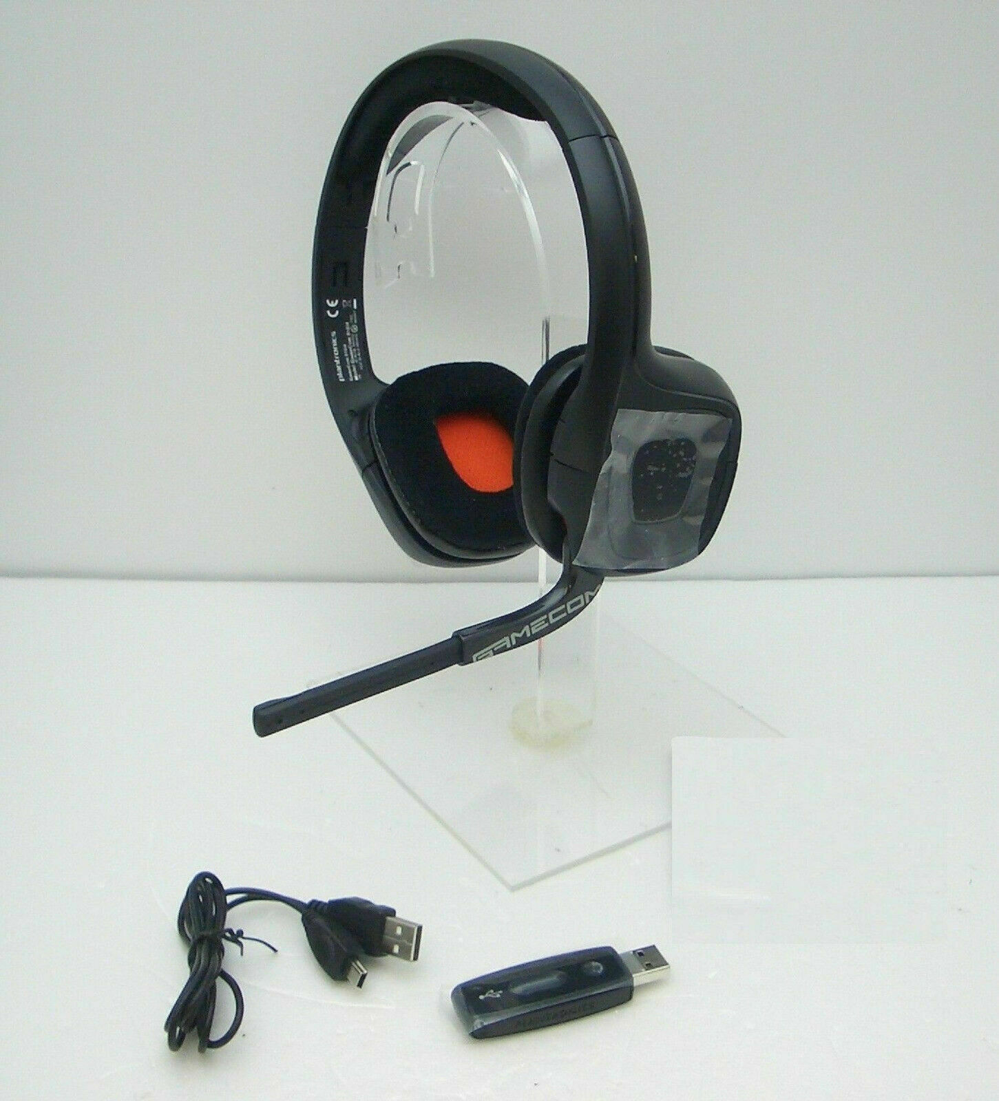 Plantronics GameCom 818 Stereo Gaming Headset for PC, Mac, PS4. Mint Condition