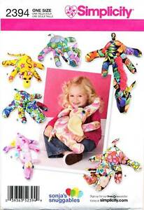 SIMPLICITY-SEWING-PATTERN-2394-SOFT-TOY-FLEECE-ANIMALS-GIRAFFE-ELEPHANT-MONKEY