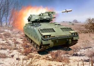 M2-M3-Bradley-Revell-Model-Building-Kit-1-72-03307-Novelty-09-2017
