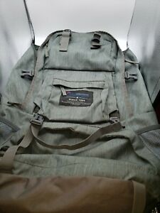 MOUNTAINTOP 40L Hiking Backpack for Outdoor Camping With Rain Cover EUC