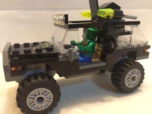 LEGO Marvel Heroes Avengers - Part of Set 76030 - Jeep ...