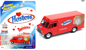 Johnny-Lightning-GMC-Step-Van-1990-Hostess-Twinkies-JLSP062-1-64