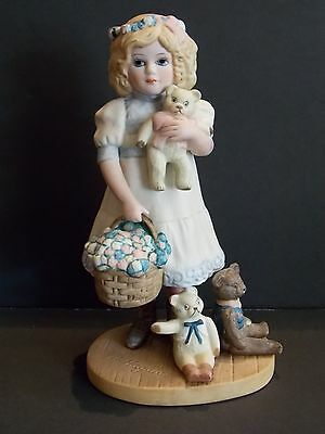 Vintage 1987 Jan Hagara Figurine GOLDIE Royal Orleans Girl Basket Teddy Bears