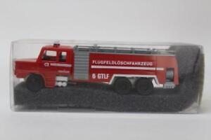 Revell-Praline-83607-Scania-H142-Airport-Tender-1-87-Scale-HO-Gauge-Plastic-D12