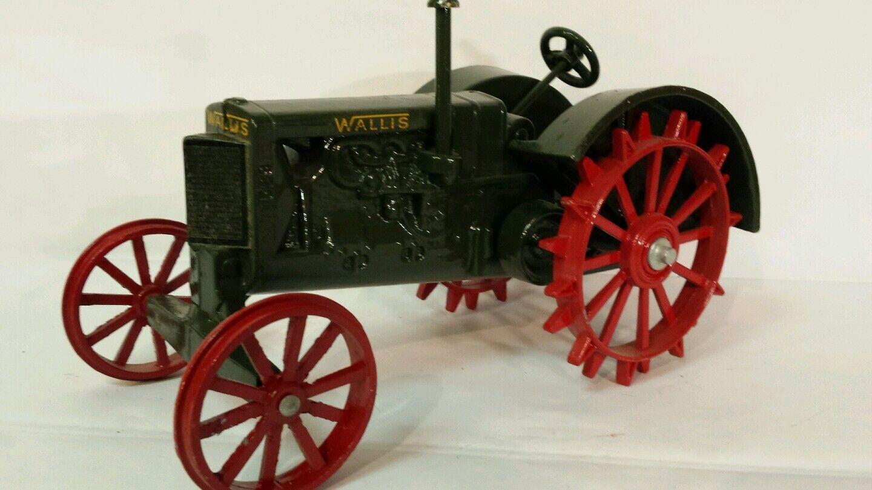 J.L. ERTL Collectors Series  6 529 Wallis 20 30 1 16 diecast farm tractor Replica