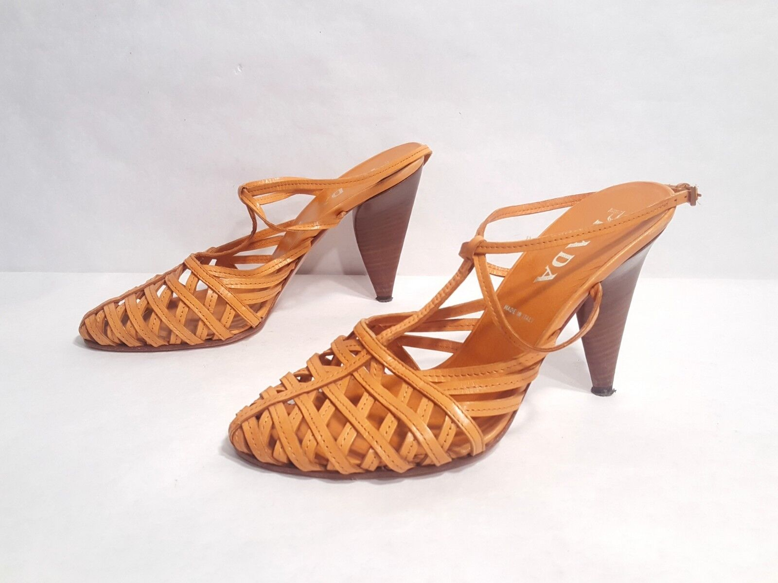 Prada orange Leather Strappy Strappy Strappy High Heel Sandals Made in  Sz EUR 40 US 9.5 114a17