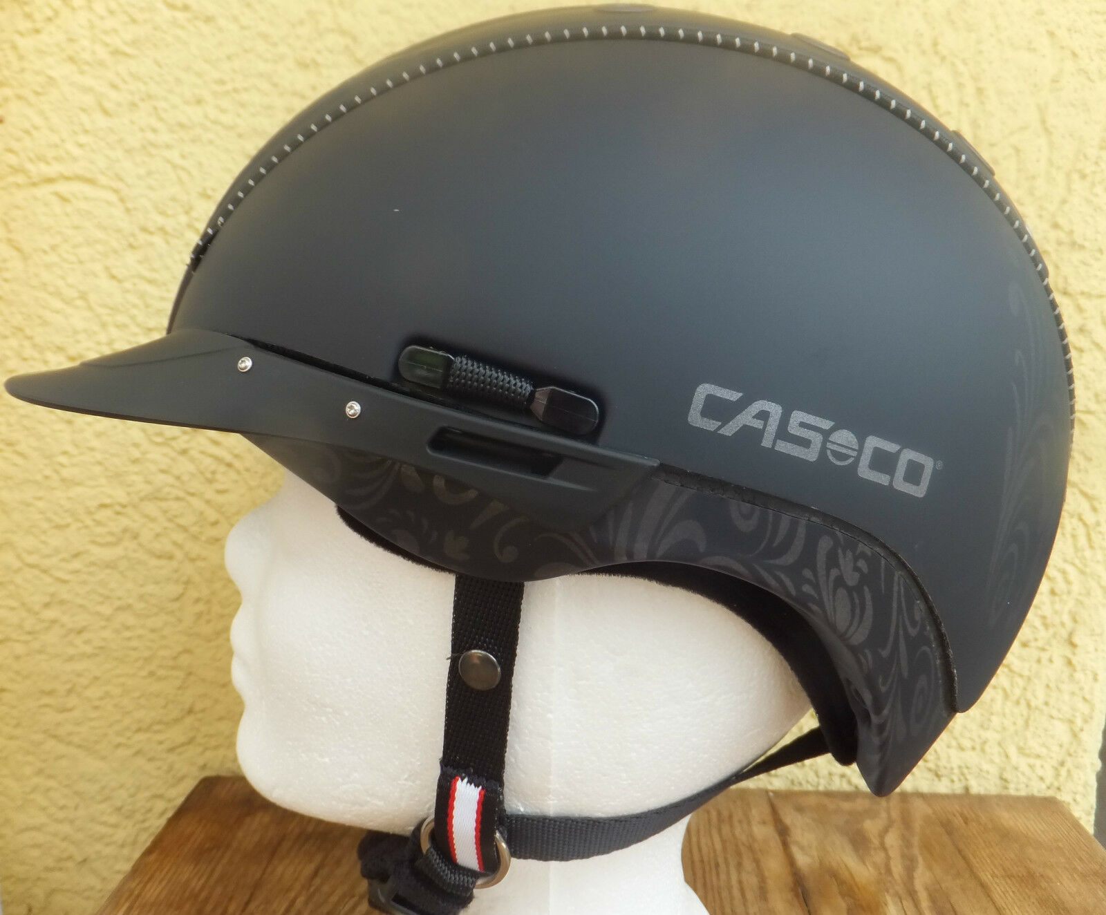 NEUES NEUES NEUES MODELL Casco Reithelm Reitkappe Mistrall 2 VG1.01 Siegel floral 0ff501