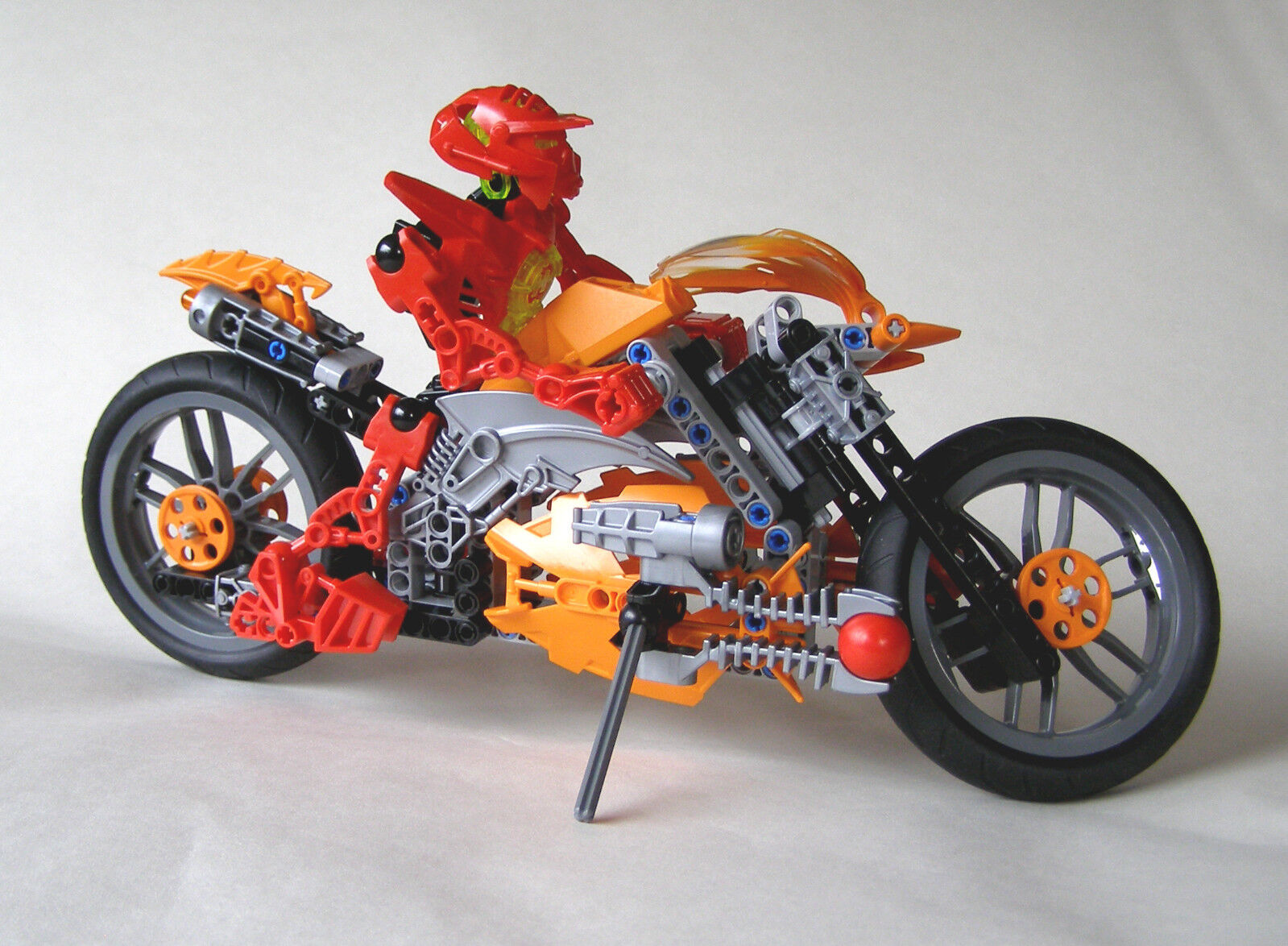 LEGO 7158 Hero Factory Furno Bike with Meteor Spheres (Pre-Owned)