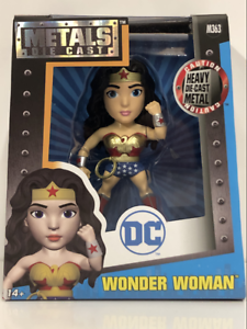 Diecast figure Jada 97881 environ 10.16 cm Wonder Woman M363 4 in