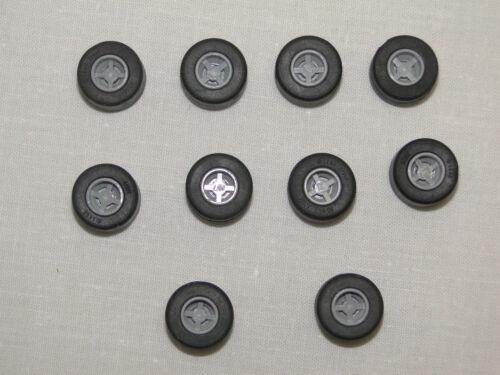 LEGO 10 X Pneus avec jantes neuf gris clair Racers 30027 30028 petits