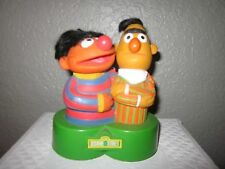Vintage 1970s Sesame Street Ernie and Bert Transistor Portable Radio (untested)
