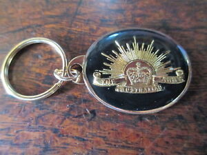 Australian-Army-Key-Ring-On-Card-Australian-Army-Rising-Sun-Metal-Badge