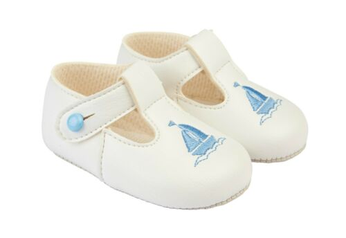 BABY SHOES  BAYPODS MADE IN UK BY EARLY DAYS