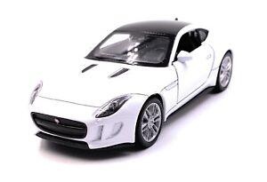 JAGUAR-Jag-F-Type-modello-di-auto-auto-bianco-scala-1-34-concesso-in-licenza