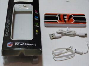 NIB* Mizco NFL Cleveland Browns 3000 Mah Slim Power Bank 3x extra charges
