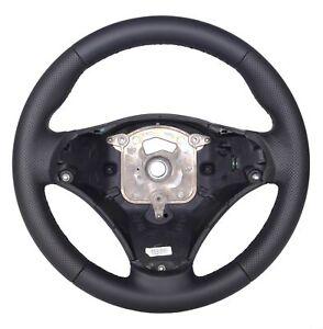 Volant-pour-BMW-1-E82-Cuir-10-759