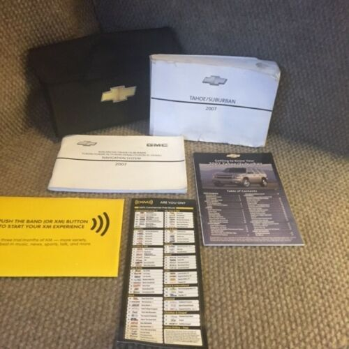 2007 Chevrolet Tahoe Suburban Owners Manual w// Navigation guide OnStar and case
