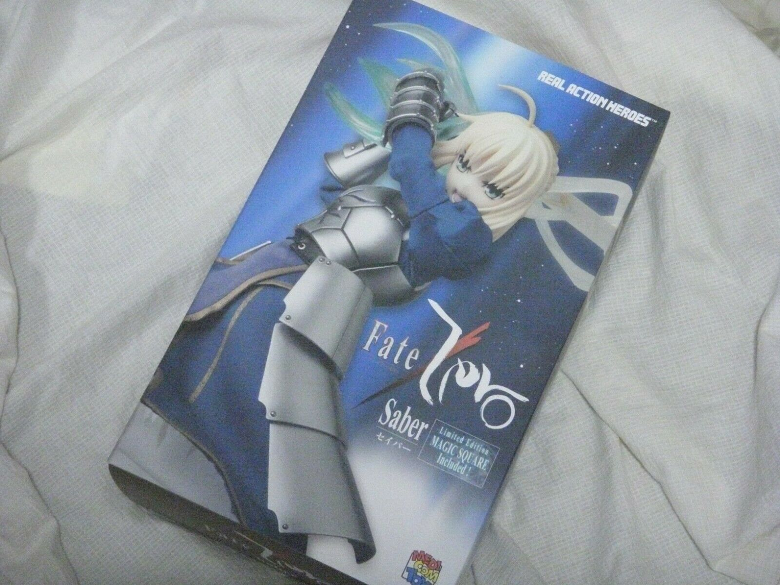 Medicom Toy Real Action Heroes RAH Fate Zero Saber 1 6 Scale
