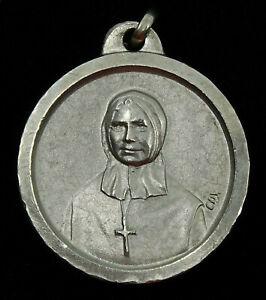 Vintage-Nun-Medal-Mother-Mere-Marcelle-Mallet-Quebec-Sisters-of-Charity-Founder