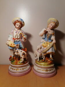 Paire-sculpture-statue-ancienne-sujet-biscuit-porcelaine-paris-19-siecle