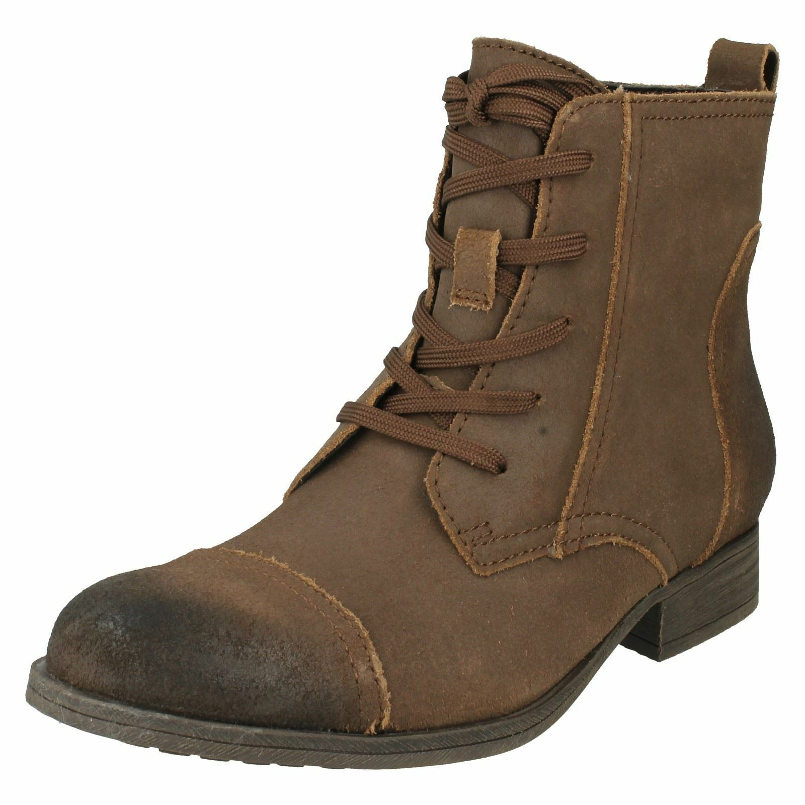 Ladies Clarks womens ankle boots brown Mimic Jazz size 3.5 d