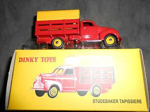 Camion-STUBAKER-TAPISSIERE