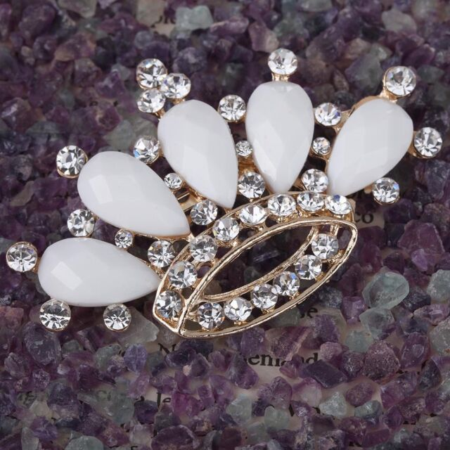 Elegant Gold Plated Round Cluster Oval Crystal Rhinestone crown Brooch Pin