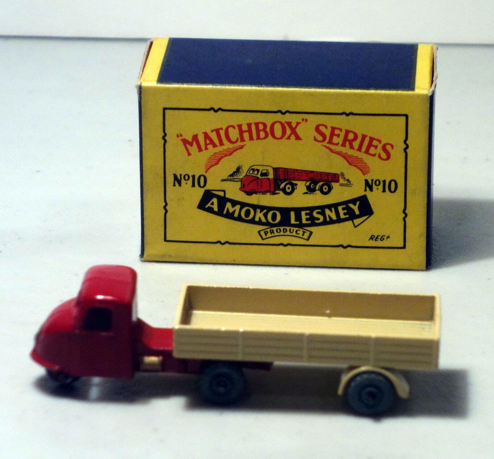 DTE MOKO LESNEY MATCHBOX REGULAR WHEELS 10-2 RED TAN MECHANICAL HORSE TRAILER MW