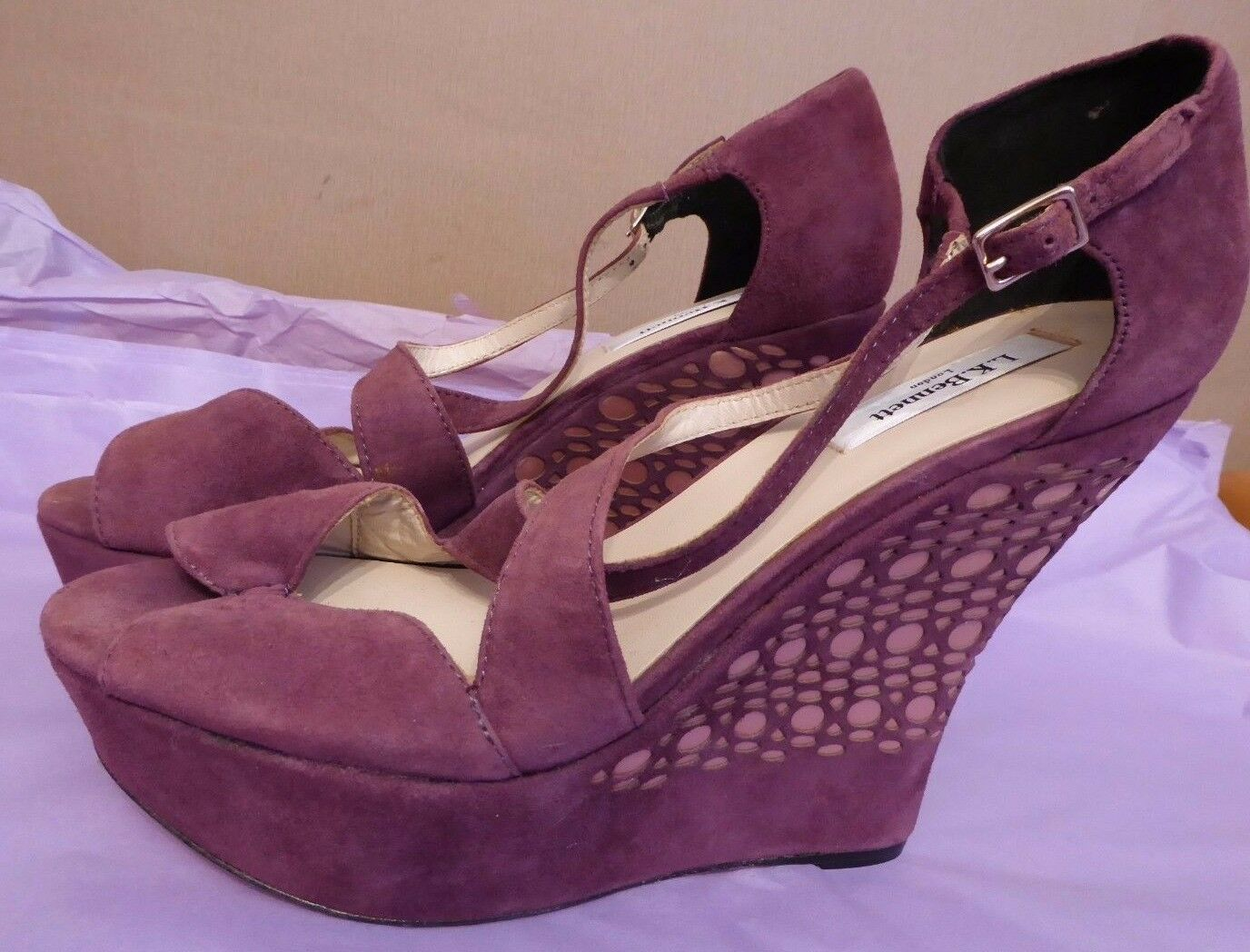 LK Bennett UK8 EU41 US10.5 new Rea purple suede laser cut high wedge sandals