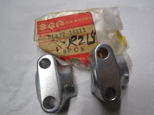 NOS Suzuki Front Axle Holder 51132-16511  ts250 ts400 tm250 tm400