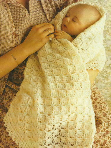 """Baby Shawl with frilled border 4ply 42x42/"""" square Knitting Pattern 688"""