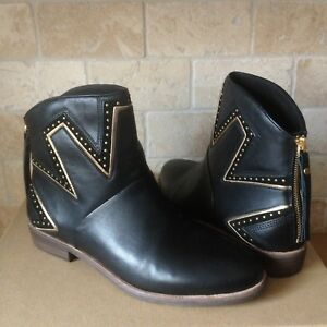 700bd748c5c Details about UGG LARS BLACK LEATHER STUD STARBURST ANKLE BOOTS BOOTIES US  SIZE US 9 WOMENS
