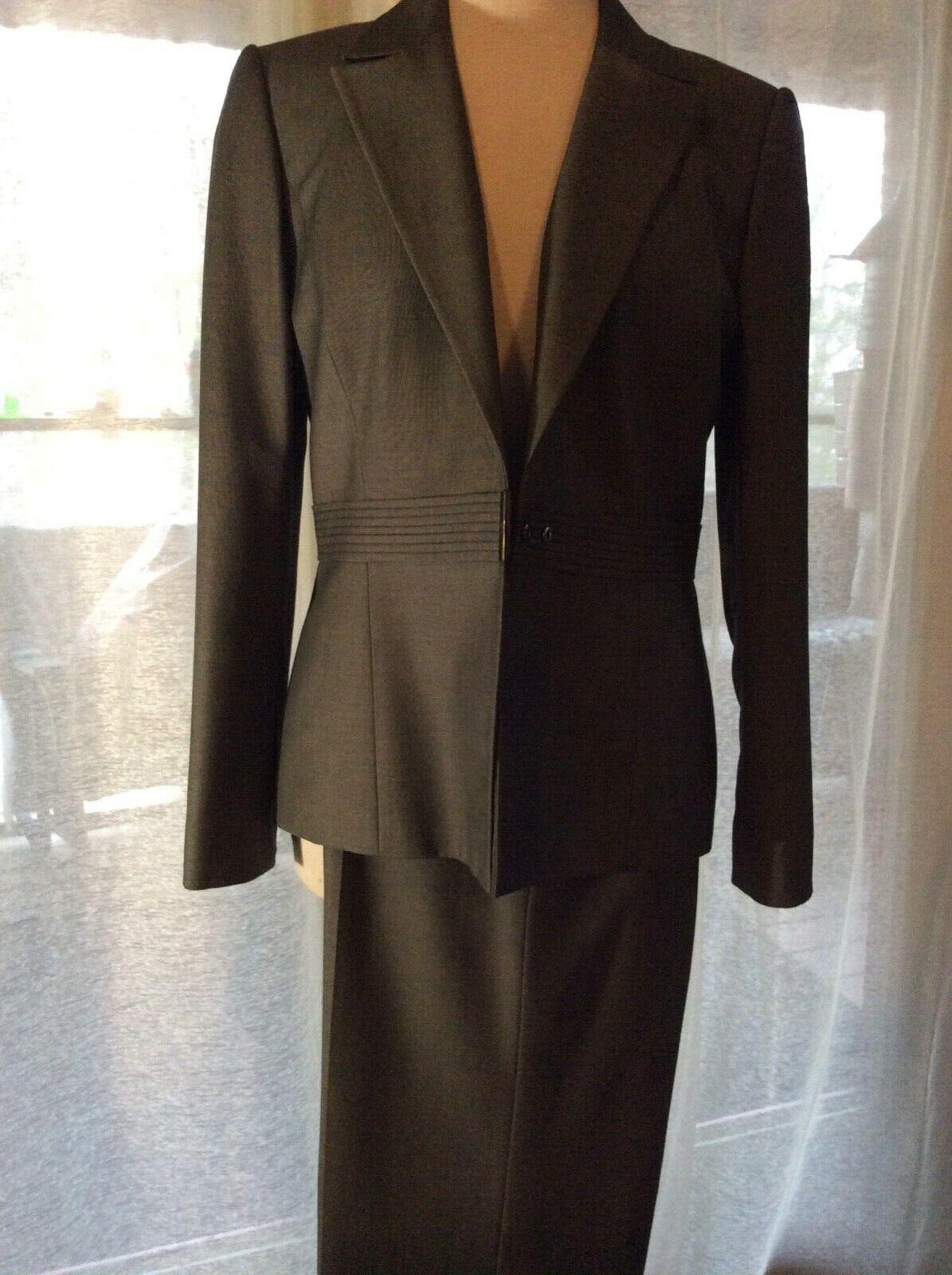 Ladies Liz Claiborne Chorcoal Pantsuit 10