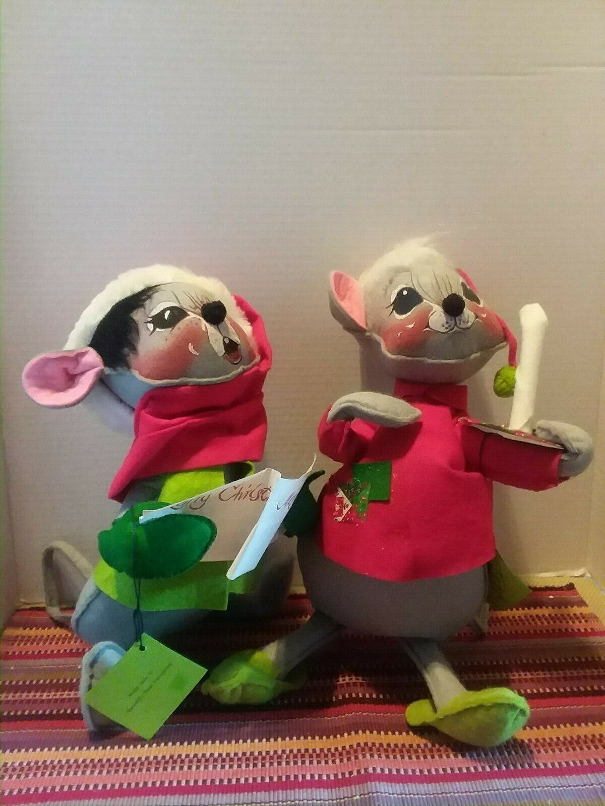 Annalee Christmas Carolers Mouse Doll Large 14  1965 Pair 2